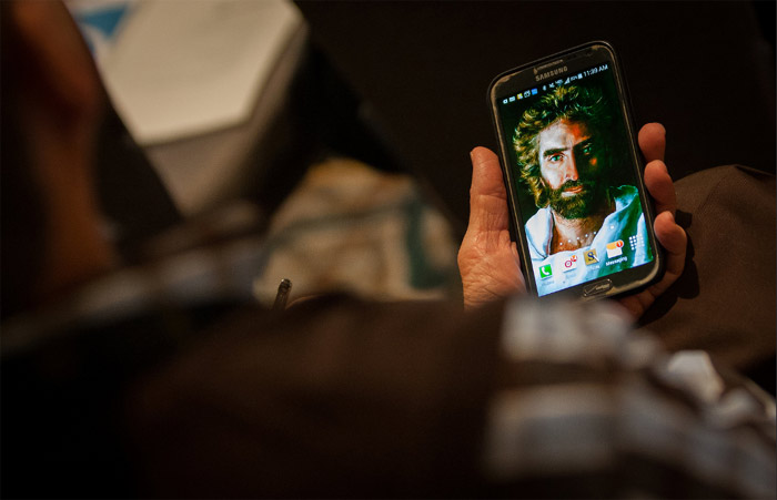 Image of Jesus on a phone
